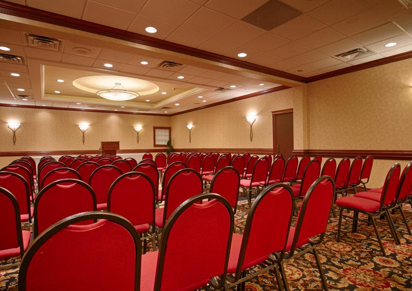 Niagara Room - Book this meeting room in St. Catharines