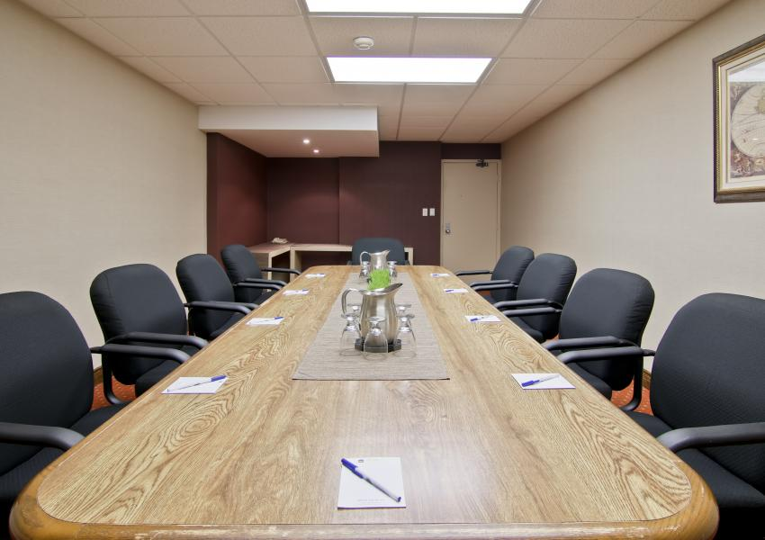 Jordan Boardroom - Book this meeting room in St. Catharines